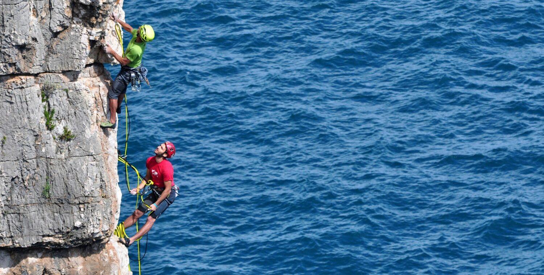 Daniele e Claudio Nardi in arrampicata a Gaeta, foto Stefano Ardito